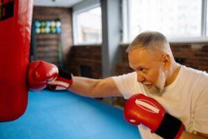 Oude man bokst